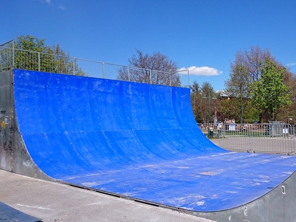 Halfpipe Surface
